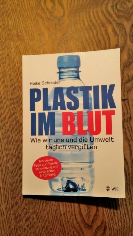 PlastikImBlut_079